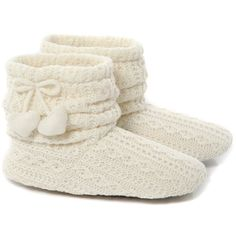 Ivory cable knitted slouch bootie slippers (1.915 RUB) ❤ liked on Polyvore featuring shoes, slippers, pajamas, boots, zapatos and women's footwear