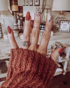 Nail arts trend for winter 2020 - Cheetah nails - Fall Gel Nails, Fall Acrylic Nails, Winter Nails, Autumn Nails, Tip Nails, Fall Nail Art Autumn, Summer Nails, Fall Almond Nails, Fall Nail Polish