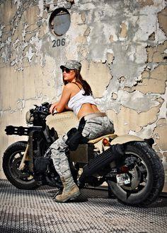 Honda Goldwing Gatling gun motorcycle |  Military motorcycles | Military motorcycles for sale http://www.way2speed.com/2013/07/honda-goldwing-gatling-gun-motorcycle.html  Honda Goldwing Gatling gun motorcycle - Grease n Gasoline http://www.facebook.com/way2speed