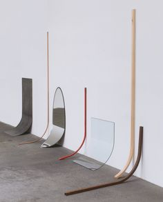 Alicja Kwade, Andere Bedingung (Aggregatzustand 6), 2009 steel, copper, glass, mirror, iron, broomstick, seven parts dimensions variable