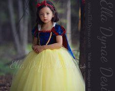 LIMITED EDITION Evil Queen Costume Vampire Ball Gown por EllaDynae