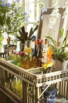 Tropical influenced bar cart styling for entertaining your guests ...