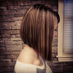 medium inverted bob hairstyle with highlights