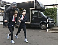 John Grimes is carrying a gorilla - your argument is invalid. #Jedward Celebrity Wedding Planners 2012