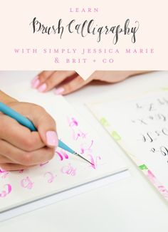Learn To Hand Letter: 20 Fantastic Resources For Beginners Bonus! A Free Printable Online Class/Student Planner Brush Pen Calligraphy, How To Write Calligraphy, Creative Class, Creative Fonts, Hand Lettering For Beginners, Diy Home Decor For Apartments, Craft Desk, Cool Lettering, Paper Crafts