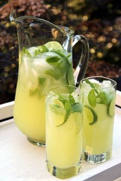 The perfect low-effort #cocktail to kick off grilling season: Vodka Mint Lemonade!