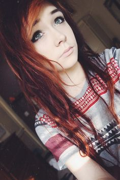 Like her hair. And her makeup. Oh and her shirt too, I really want my hair like this ughh