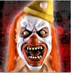 Bildergebnis für scary clowns in usa Evil Clowns, Scary Clowns, Creepy, Send In The Clowns, Halloween Face Makeup, Image, Usa, Baddies, Clowns