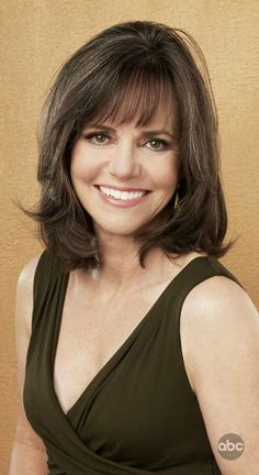 http://www.classictvbeauties.com/Sally-Field_20CROPPED.jpg