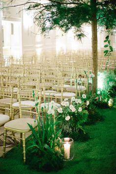 Photography: Catherine Mead - photographybycatherine.co.uk  Read More: http://www.stylemepretty.com/destination-weddings/2015/05/27/romantic-secret-garden-inspired-london-wedding/
