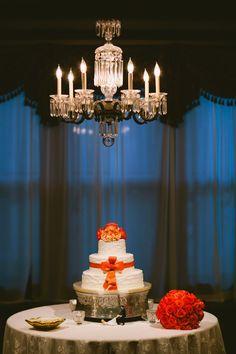 Nashville Garden Wedding | CJ's Off the Square | Peach Bow Cake - Photo: Zach + Jody Gray