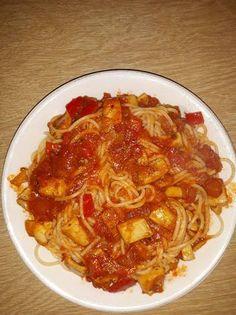 Σπαγγέτι με σουπιές Chili, Spaghetti, Soup, Ethnic Recipes, Chile, Soups, Chilis, Noodle