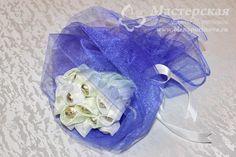 Букет из конфет станет оригинальным подарком к торжеству  #букет #конфеты #рукоделие #мастерская #мастеркласс #МК