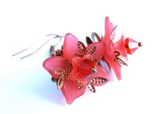 Red Lucite Flower Earrings  Lucite Flowers  by SusansBeadHappy, $18.00