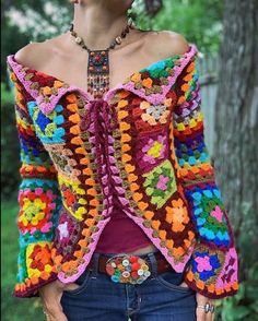 Boho Granny square Sweater Jacket - Best Picture For outfits vestidos For Your Taste You are looking for something, and it is going t - Crochet Jacket, Crochet Cardigan, Crochet Shawl, Boho Chic, Bohemian Style, Gypsy Style, Boho Gypsy, Crochet Granny, Knit Crochet