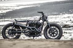 ϟ Hell Kustom ϟ: Harley Davidson Sportster By Rough Crafts Harley Davidson Sportster, Hd Sportster, Harley Davidson Street, Bobber Custom, Custom Cafe Racer, Custom Motorcycles, Custom Bikes, American Motorcycles, Harley Scrambler