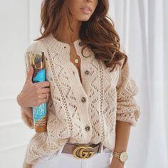 Схема кардигана спицами Crochet Jacket, Crochet Cardigan, Knit Jacket, Cardigans For Women, Coats For Women, Vogue Knitting, Knit Fashion, Outerwear Women, Knitting Designs
