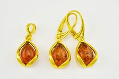 A guide to starting in fine jewelry designing Jewelry Sets, Fine Jewelry, Amber Earrings, Baltic Amber, Sterling Silver Rings, Plating, Jewelry Design, Handmade Items, Pendants