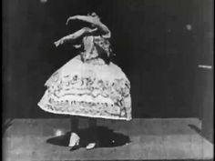 Según los historiadores, 'Carmencita' es la primera película prohibida en la historia del séptimo arte. Es un filme mudo y a la protagonista no se le ve más que un tobillo. Fue exhibido en el Kinetoscopio que Thomas Alba Edison tenía en Ashbury Park y despertó la ira de dos políticos que asistían a la proyección. Solicitaron inmediatamente su retirada bajo amenaza de cerrar el local. 'Carmencita' se estrenó en 1894.