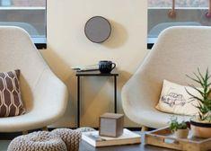 TV & Audio oplossingen   Interieur Paauwe Zonnemaire Tv Wall Decor, Tv Unit, Floor Chair, Audio, Flooring, Table, Furniture, Home Decor, Homemade Home Decor