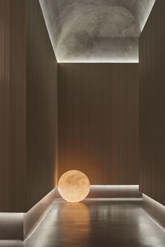 Spa Design, Wall Design, House Design, Spa Interior, Interior Lighting Design, Architectural Lighting Design, Corridor Design, Grey Ceiling, Maker