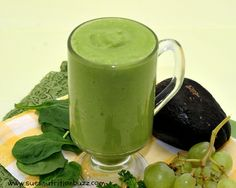 Go Green for St. Paddy's Day | Avocado Mango Spinach Smoothie