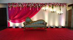 Wedding Stage Decorations, Sikh Wedding Decor, Marriage Hall Decoration, Simple Stage Decorations, Engagement Stage Decoration, Reception Stage Decor, Indian Wedding Stage, Birthday Room Decorations, Wedding Backdrop Design