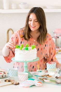Everything Sweet Cake & Starting A New Holiday Dessert Tradition by top Houston lifestyle blogger Ashley Rose of Sugar & Cloth  #diy #party #entertaining #hosting #partyideas #cake