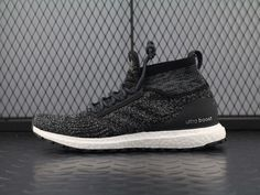 "pretty nice 40d1b 6fb9c ADIDAS ULTRA BOOST ART MID ""OREO"" S82036"