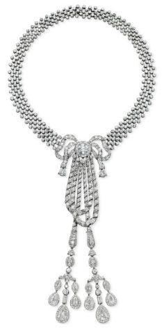 Necklace    Cartier