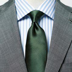 【1分で出来るスーツのお洒落】グリーンのネクタイ、どんなシャツが合う? Groom Dress, Men Dress, Suit Fashion, Mens Fashion, Men Formal, Suit And Tie, Mens Suits, How To Wear, Shirts