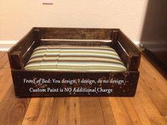 Personnalisé lit de chien palette bois  fabriqués par AltesCustoms, $125.00