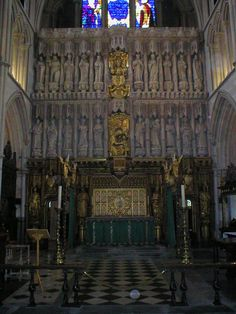 High Altar of Southwark Cathedral and Reredos by Sir Ninian Comper.