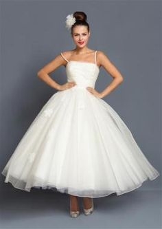 1950's style wedding gowns | Rockabilly and Vintage Style Wedding Dresses