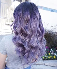 Can't do this bc of my skin tone but maybe someone else can? It's pretty - Frisuren,Haarfarben,Haarschmuck - Lilac Hair Lavender Hair Colors, Lilac Hair, Hair Dye Colors, Cool Hair Color, Ombre Hair, Purple Lilac, Long Purple Hair, Periwinkle Hair, Pastel Purple Hair