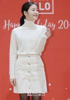 Kim go eun uniqlo holiday event Korean Style, Korean Girl, Yoo In Na, Kim Go Eun, Korean Celebrities, My Little Girl, West Elm, Goblin, Uniqlo