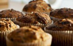Le Buzz Culinaire, amateur de recettes et d'ustensiles de cuisine malins, partage avec vous une recette de muffins sans sucre raffiné et délicieuse.