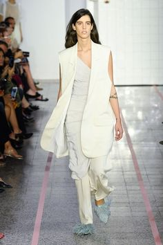 See the complete Erika Cavallini Spring 2018 Ready-to-Wear collection.