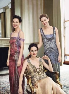 Michelle Dockery, Laura Carmichael, Jessica Brown Findlay in their Downton Abbey inspired frocks yet casual and fashion forward makeup and messy updos.  Love it.