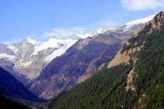 7 spektakuläre Hochtouren in den Alpen – TRAVELBOOK Mount Everest, Mountains, Nature, Travel, Mountain Climbing, Alps, Timber Wood, Naturaleza, Viajes