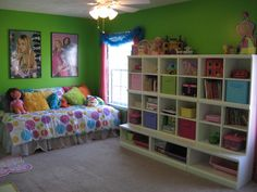 Not fond of anything in this room other than the cubby unit along the wall...would be awesome for the closet.