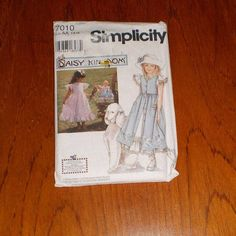 """Vintage Uncut Girl's Pinafore, Dress & Doll Clothes 17""""(43cm), Simplicity Pattern #7010, Multi Size 7, 8, 10, Chest 26 - 28.5"""" (66 - 73cm) by theShoppingMollies on Etsy"""