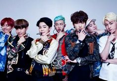 BTS- too much to talk about! Rapmon looking at Chim Chim, Yoongi looking at Jin... Whaaat?!!!! And then there's Tae...