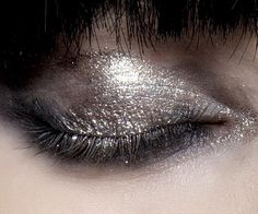 Runway make-up at Lanvin Fall/Winter 2010 RTW at Paris Fashion Week.