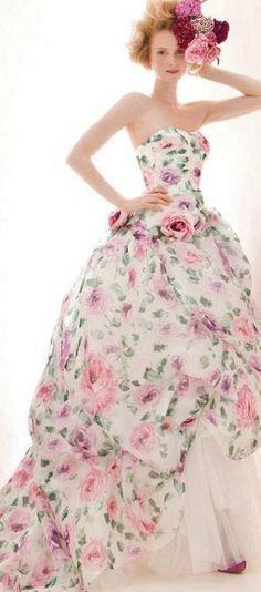 weddingdress with flowers
