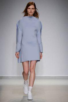 Fashion Trends 2015 Eisblau Jacquemus