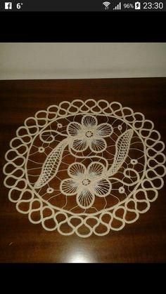 Dantel anhlez Crochet Doily Patterns, Lace Patterns, Doilies Crochet, Clothes Patterns, Dress Patterns, Russian Crochet, Irish Crochet, Circle Skirt Pattern, Bruges Lace