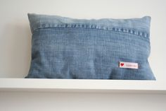 upcycling for your couch * vintage jeans pillow * - fraeuleinherz - Home textiles