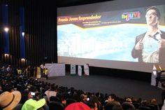 """Gobierno de Acapulco ] ACAPULCO, Gro. * 15 de junio de 2017. Acapulco necesita de jóvenes participativos y motivados para lograr un cambio positivo en la sociedad, afirmó el alcalde Evodio Velázquez, durante el lanzamiento de la convocatoria """"Premio Joven Emprendedor"""" realizada por el..."""