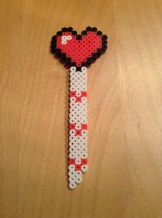 Bookmark heart perler beads by Claudia Vendette